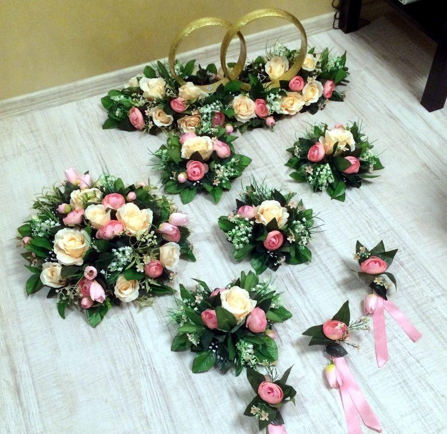 Аренда свадебных украшений для автомобиля - 1200 руб/комплект - фото 6931604 Дилижанс - аренда авто