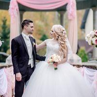 свадьба, свадебная фотосессия, декор, декорированная зона, флористика, жених, невеста, осень, белый, осенняя свадьба, оранжевый, красный, европейская свадьба, студия
