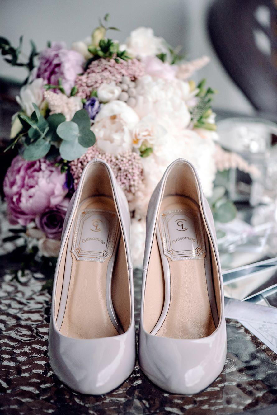 полиграфи, утро невесты, сборы невесты, детали, свадебные детали, декор, фотограф, свадебный фотограф, зеркальная свадьба, сиреневый, розовый - фото 16450876 Маслова Виктория - фотограф