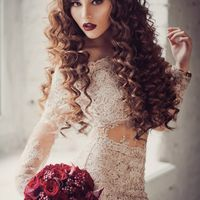 Букет невесты в винных оттенках