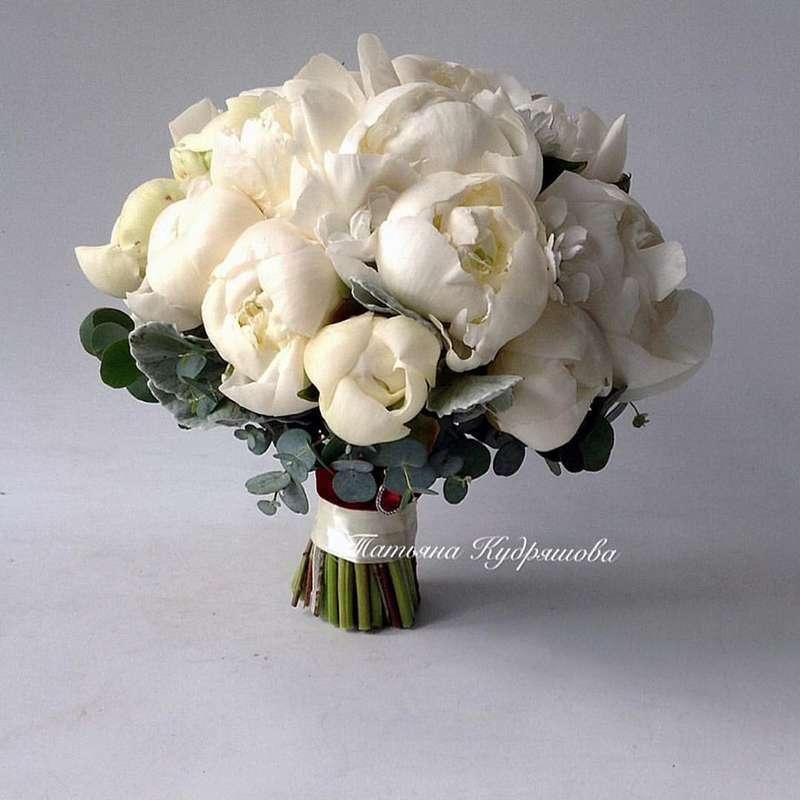 Букет невесты из пионовидных роз - фото 18457962 Цветочная мастерская Татьяны Кудряшовой