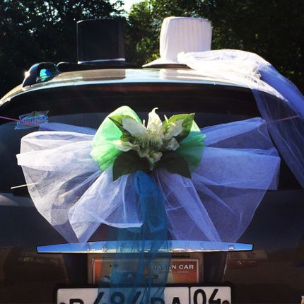 Прокат украшений для свадебного кортежа