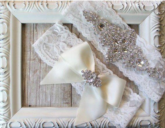 Подвязка невесты из кружева