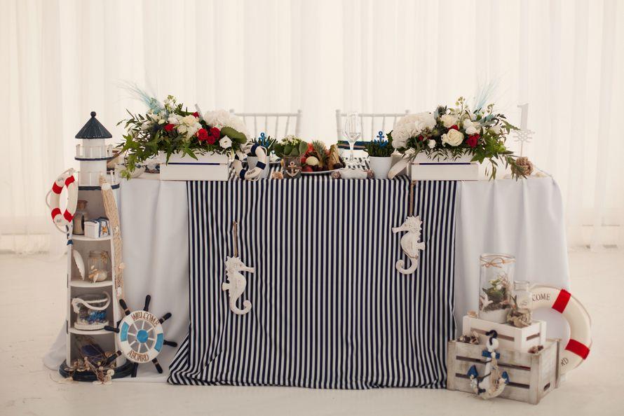 морская тема, морская свадьба, свадьба у воды, свадьба в шатре, декор, оформление, полоска, синий, морская звезда, cote d'azur, президиум, маяк, якорь, яхта - фото 15539684 Фото и видеосъёмка Fevish studio
