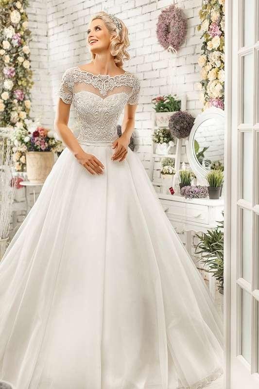 Свадебный салон БЕЛАЯ ОРХИДЕЯ  - фото 7690548 Свадебный салон Белая орхидея