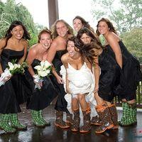 Невеста и её подружки-белое и черное
