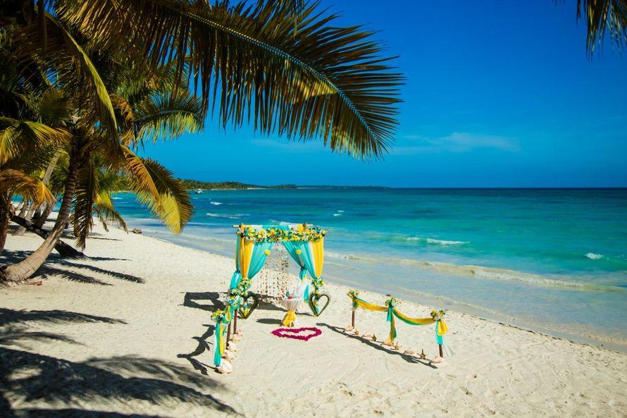 """Свадебная церемония """"Собственный Рай"""" на острове Саона"""