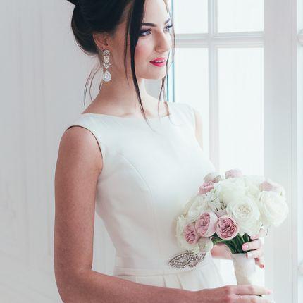 Классический букет невесты из роз