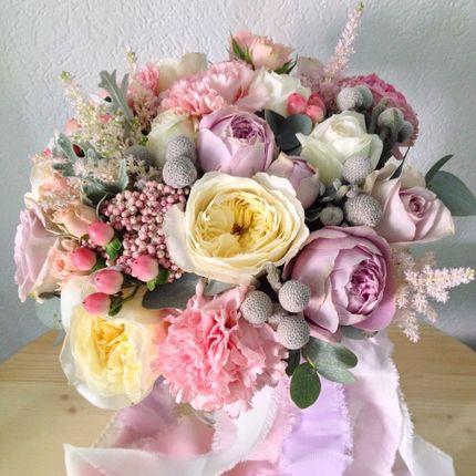 Букет невесты с пионовидными розами