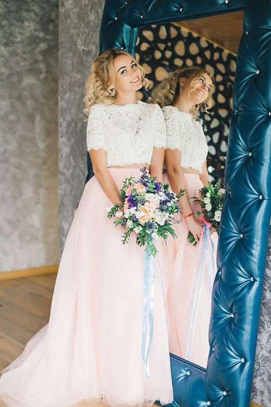 Свадьба Аси и Артема Фото: Алла Казабекова  Место: Гнездо Аиста - фото 13617544 Стилист Ната Андреева
