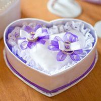 Атласное сердце для колец с сиреневым декором
