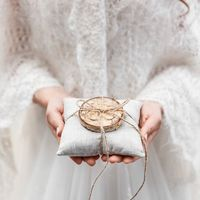 Оригинальные свадебные аксессуары. Подушечка для колец