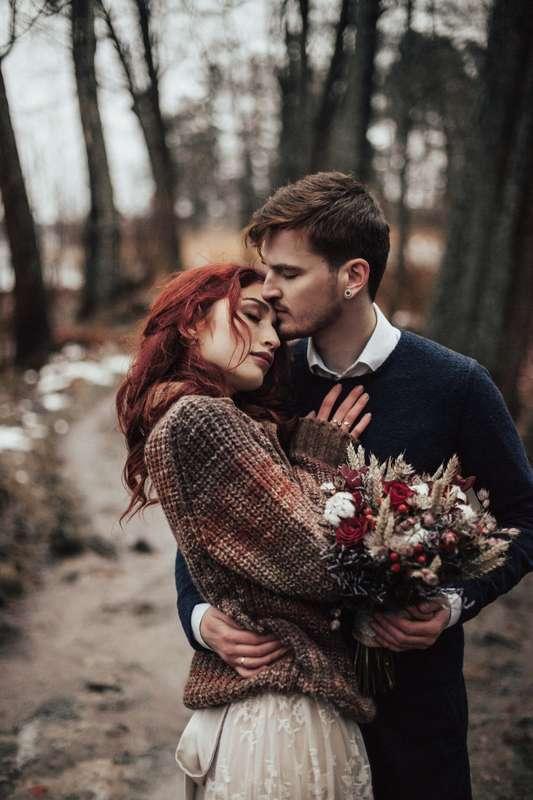 осенняя свадьба свадьба в лесу свадьба в дождь монрепо хиппи-свадьба свадьба в горах рустик кантри-шик бохо свадьба - фото 16482952 Фотограф Катя Карпешова
