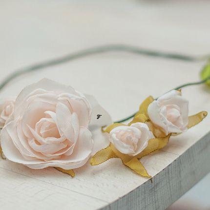 Венок с розами