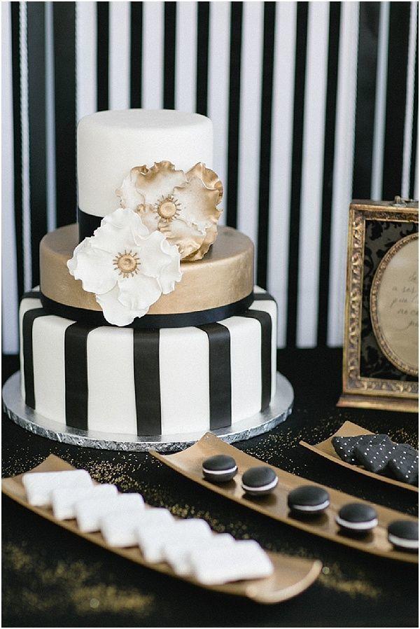 торт в черно белом цвете фото этого метода
