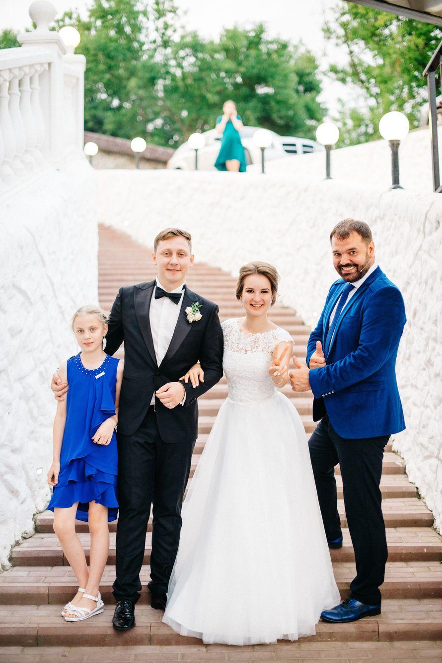 Выбирайте ведущего как друга — у вас должны быть похожие шутки, понимание с полуслова и одинаковое видение вашей свадьбы. - фото 18429842 Ведущий Андрей Медведев
