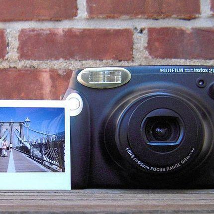 Аренда фотоаппарата Instax 210 на 1 день