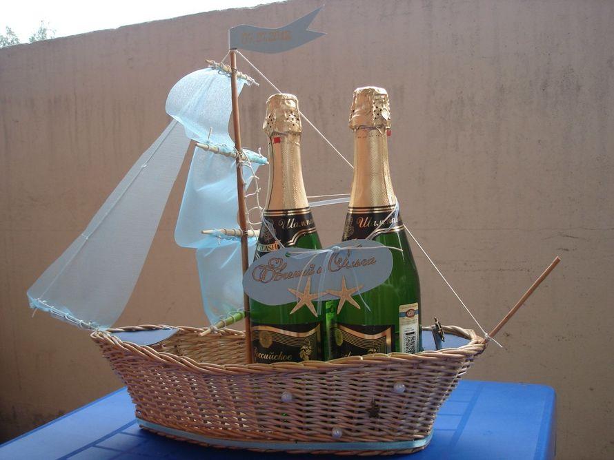 Кораблик под шампанское. Сплетен из лозы, ручная работа. - фото 11383624 Свадебный интернет-салон Татьяны Майор