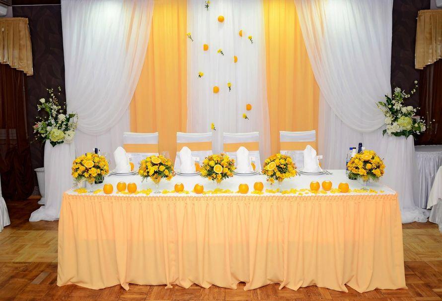 Фото 10487350 в коллекции Оформление президиума - Мастерская флористики Wedding planner