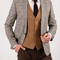 Пиджак серого цвета в контрастную полоску
