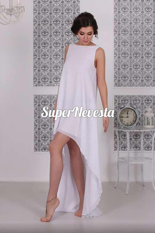 В наличии 42-48р. One size. Цена 14800= Дизайнерская модель. Сшито в единственном эксземпляре.  Платье для смелых и ярких невест- сексуальное, решительное и запоминающееся.  Кружевная вставка на спинке снимается,  оставляя спинку открытой. Ассиметричный к - фото 13699406 Konfiture atelier - мастерская свадебных платьев