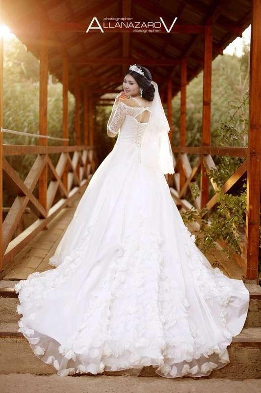 """Фото 10716502 в коллекции Основной альбом - Салон """"Я невеста"""""""