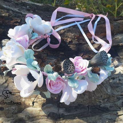 Венок с цветами из полимерной глины