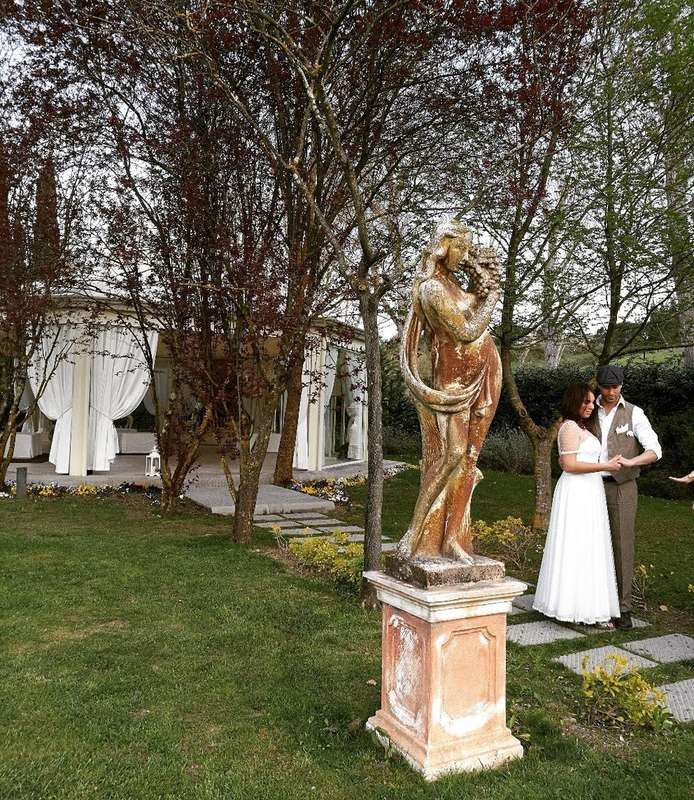Предложение руки и сердца в Тоскане. - фото 17665696 Организация свадеб и частных мероприятий B&W