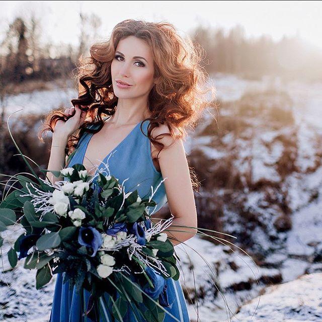 Восхитительная фотосессия с потрясающей командой: PH: @annakiseliova  MUAH: @tomusia__  Model: @galina_larina_  Dress: [id223437969|Риночка Красная]  Florist: @viktorina_florist - фото 11096574 Флорист Савинова Виктория