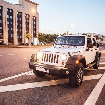 Аренда внедорожника Jeep Wrangler Unlimited, цена за 1 час