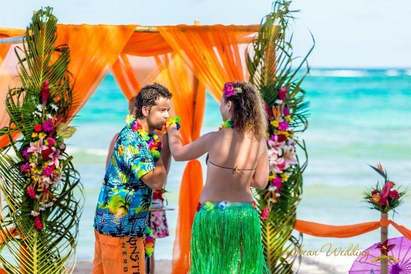 игрушки свадьба в гавайском стиле фото брянской