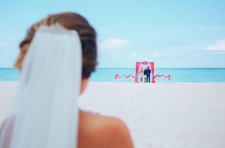 Фото 14544304 в коллекции Официальная свадьба в Доминикане, на пляже Juanillo {Дэвид и Мартина} - Caribbean Wedding - свадьба в Доминикане