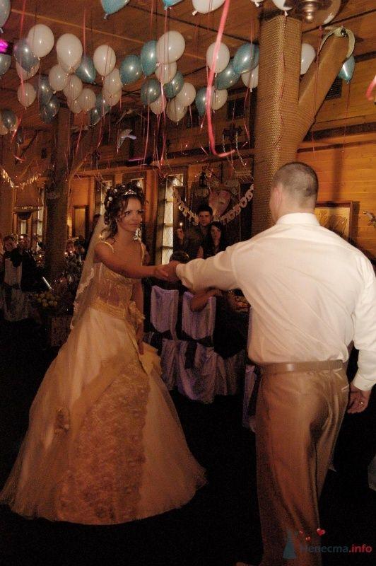 первый танец - фото 65699 Любимка)