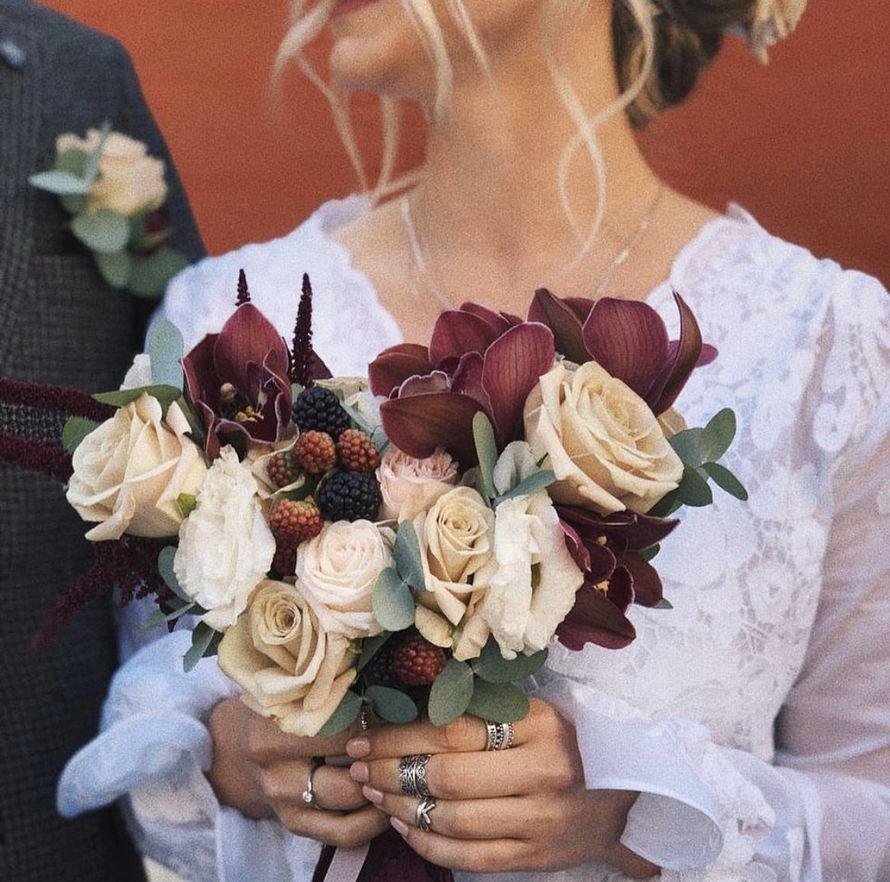 Букет невесты из орхидеи