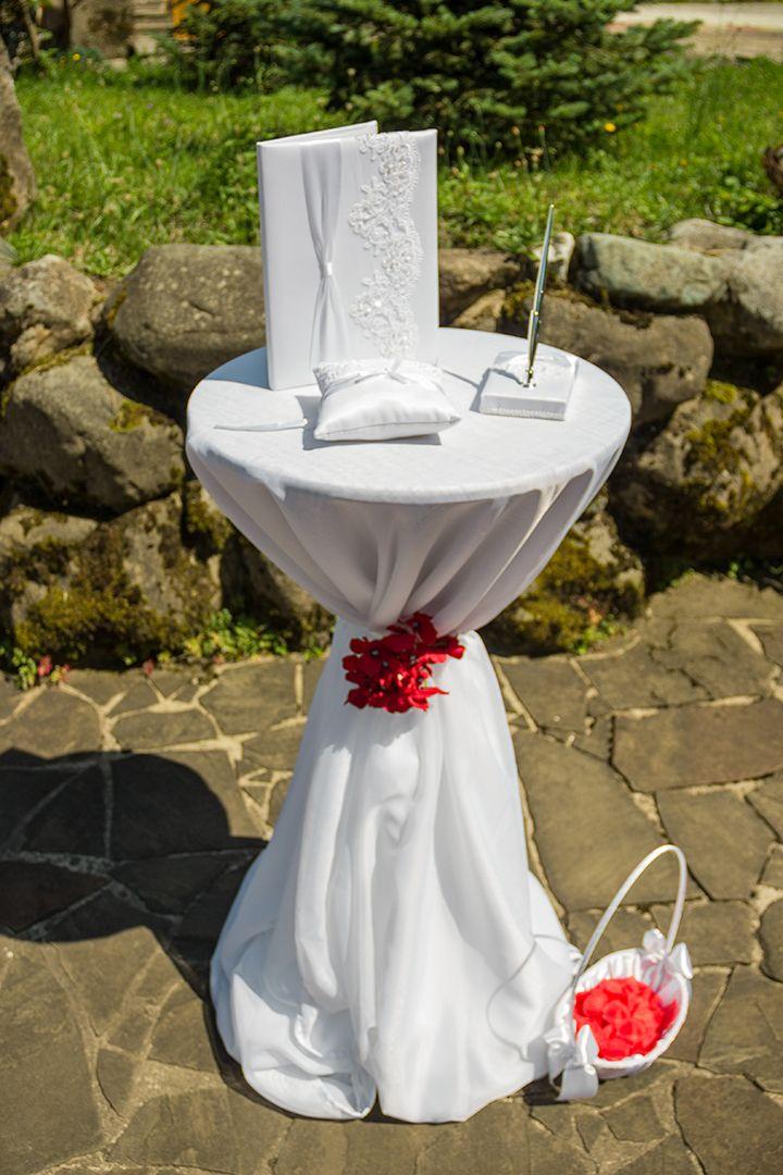 Столик регистратора + набор для регистрации - фото 11294958 Вероника пожени - аренда арок, декора, фотозоны