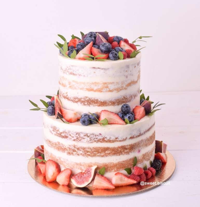 открытый торт с фруктами фото это