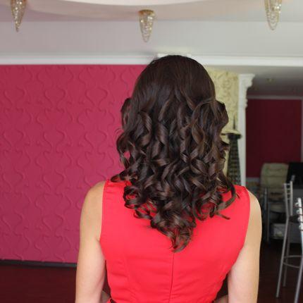 Причёска-укладка для гостей