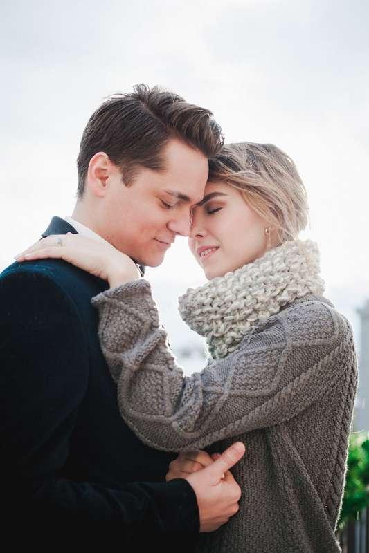 Жених и невеста, зимняя фотосессия - фото 13396288 Фотограф Юлия Sweet-kadr