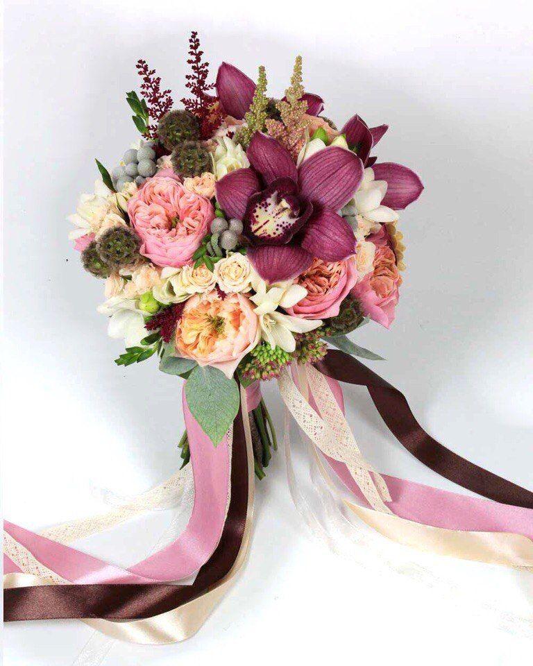 Салон цветов свадебный букет, трех тюльпанов
