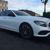 Аренда авто Mercedes Benz E213, цена за 1 час