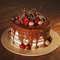 "Шоколадный ""голый"" торт"