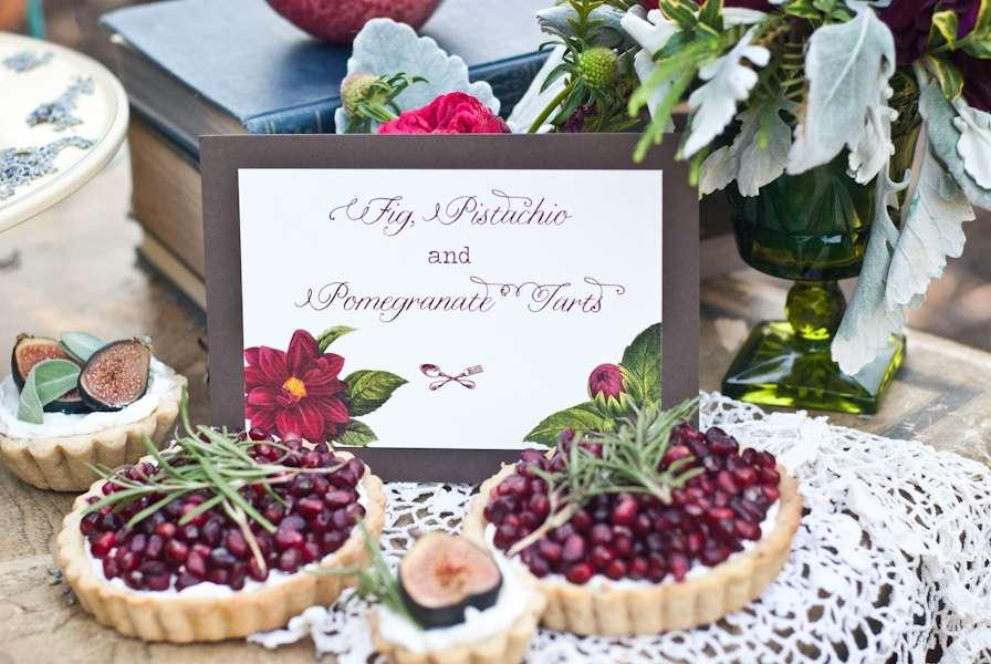 Маленькой, красивые картинки с гранатовой свадьбой