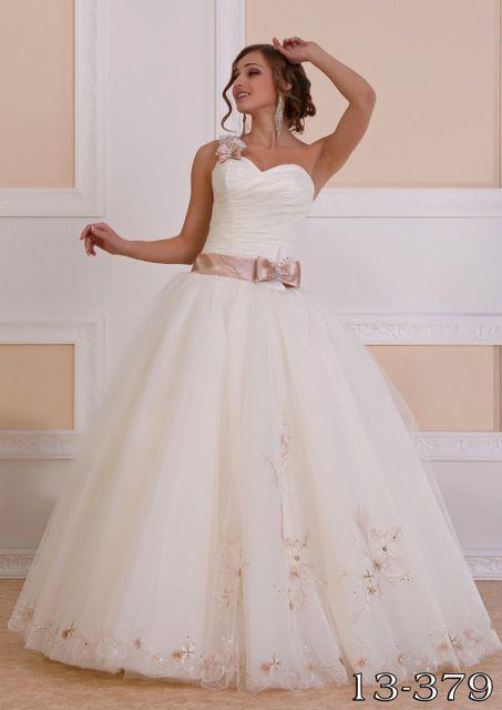 """Фото 1628789 в коллекции Свадебные платья в наличии - Магазин-салон """"Свадебный вальс"""""""
