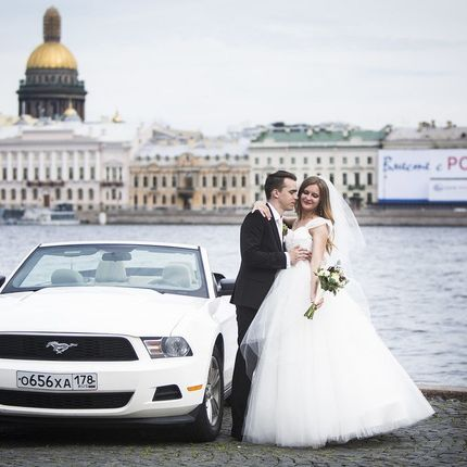 Форд Мустанг Кабриолет - аренда 1 час в будние дни