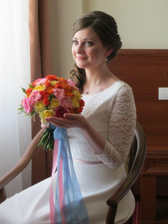 макияж Лизавета Мурашкина; букет Оксаны Машковцевой; платье от свадебного салона Тавифа