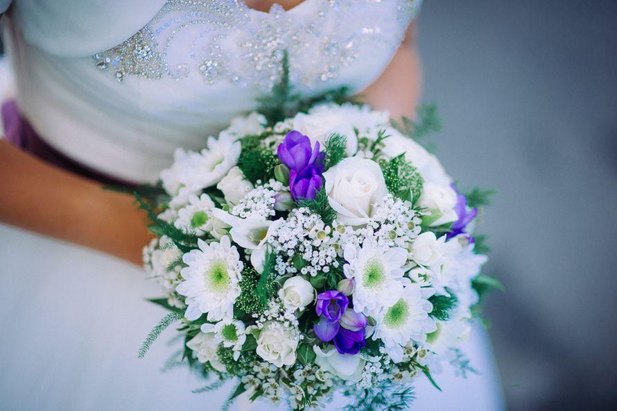 Букеты, букет невесты из хризантем летний