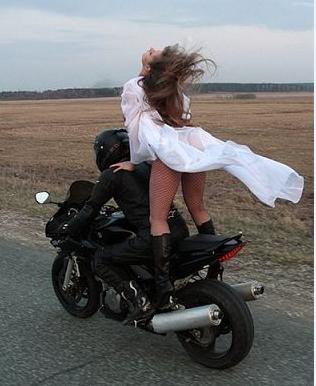 Фото 872475 в коллекции Мои фотографии - Свадебный Мотокортеж - аренда мотоциклов