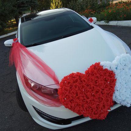 Аренда - прокат авто Белая Kia optima с водителем