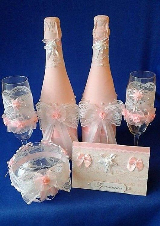 Набор аксессуаров в розовом цвете