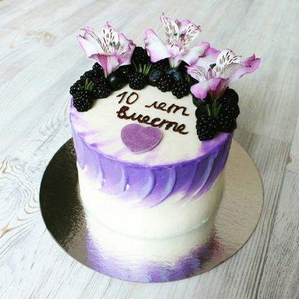 Торт с живыми цветами, цена за 1 кг